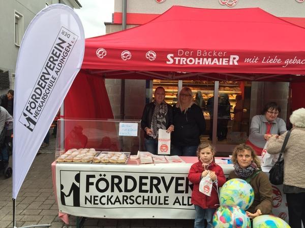 Berliner Verkauf bei der Aldinger Kirbe zugunsten des Fördervereins. Herzlichen Dank an die Bäckerei Strohmaier!